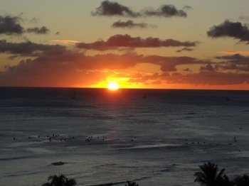 ホテルから見た夕日.jpg
